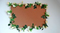 DIY - Noticeboard with flower-garland
