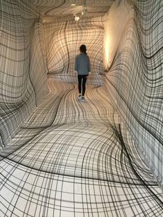 """Peter Kogler """"Next"""", ING Art Center, Brussel. Installation art that engages the audience and uses line to create implied space Modern Art, Contemporary Art, Instalation Art, Art Plastique, Optical Illusions, Trippy, Oeuvre D'art, Funny Pictures, Funny Pics"""