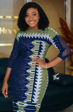 Nigerian Lace Dress, Nigerian Dress Styles, Short African Dresses, Kente Dress, Latest African Fashion Dresses, African Print Dresses, African Print Fashion, Couples African Outfits, African Attire