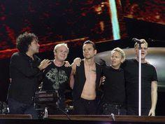Depeche Mode продала рекордное количество билетов на концерты в 2017 году http://oane.ws/2017/12/10/depeche-mode-prodala-rekordnoe-kolichestvo-biletov-na-koncerty-v-2017-godu.html  По информации авторитетного издания The Times, популярная рок-группа Depeche Mode заняла первое место по числу проданных билетов на концерты в текущем году. Сообщается, что на более 45 выступлений в рамках тура Global Spirit было реализовано почти 1,5 миллиона билетов.