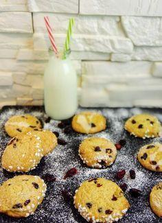 Die mürben zweierlei Cranberry Orangen Kekse kann man sehr gut vor, zu und nach Weihnachten genießen.