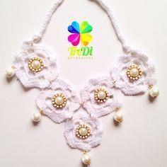 Hermoso collar tejido Crochet con Soutache perla