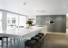 & & & & Kitchen countertop, Modern: Hints, with Exclusive Models Open Plan Kitchen Living Room, Kitchen Room Design, Kitchen Interior, New Kitchen, Kitchen Decor, Dining Room, Small Kitchen Layouts, Küchen Design, Home Kitchens