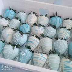 46 ideas baby boy shower cupcakes ideas Baby Boy Shower Cupcakes Desserts desserts cupcakes babyshower stylish baby shower ideas for boys that looks stylish baby shower ideas for boys that look elegantBEST Idee Baby Shower, Baby Shower Treats, Baby Shower Desserts, Baby Shower Parties, Baby Shower Candy Table, Baby Shower Sash, Baby Shower Diapers, Baby Shower Decorations For Boys, Boy Baby Shower Themes