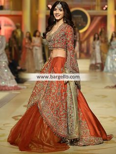 - Buy Latest Lehenga and Choli - For order & Inquiry: New York U.A: 0585 638 3223 London U.K: Perth Australia: Bridal Rapids Illinois US… and Pakistani Wedding Dresses, Pakistani Outfits, Indian Dresses, Bridal Tops, Wedding Dresses Uk, Designer Bridal Lehenga, Bridal Dress Design, My Hairstyle, Lehenga Designs