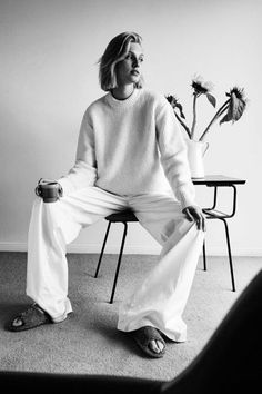 All white outfit Beige Outfit, All White Outfit, White Outfits, Black Women Fashion, White Fashion, Womens Fashion, Modest Fashion, Trendy Fashion, Fashion Tips