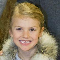 Here you can see that Estelle has already lost her first tooth ~ Här kan du se att Estelle redan har förlorat sin första tand #PrincessEstelle #PrinsessanEstelle #swedishroyalfamily #swedishroyals #kungafamiljen