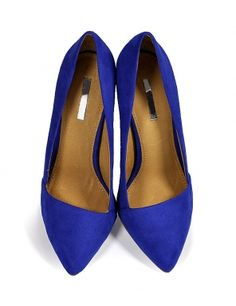 electric blue pumps. tinaR