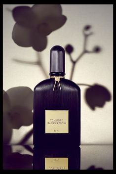 Tom ford black orchid -- botanical shadows my new fav Parfum Patchouli, Tom Ford Black Orchid, Cosmetic Design, First Perfume, Still Life Photography, Jewelry Photography, Product Photography, Smell Good, Divas
