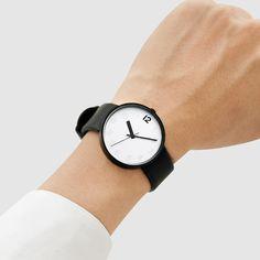 Love this minimalist watch.