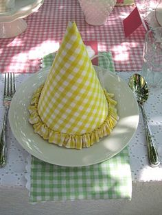 Kate Landers Events, LLC: A Gingham Birthday Party {New Collection}