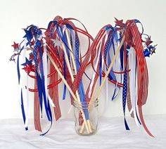 4th of July Craft: Patriotic Wands (Craft for Kids) - Buggy and Buddy