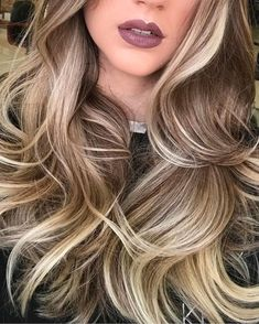 The highlights and lowlights on this blonde