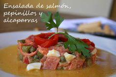 Ensalada de salmón, pepinillos y alcaparras Mislaboresypunto