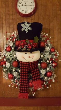Christmas Mesh Wreaths, Christmas Swags, Christmas Door Decorations, Christmas Centerpieces, Christmas Art, Christmas Holidays, Christmas Ornaments, Door Wreaths, Snowman Wreath