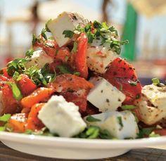 Salată de ardei copți cu telemea de capră - Retete culinare - Romanesti si din Bucataria internationala