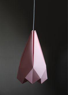 DO YOU LIKE OUR PAPER LAMP? FOLLOW OUR INSTRUCTIONS AND MAKE ONE YOURSELF!  / LÍBÍ SE VÁM NAŠE PAPÍROVÁ LAMPA? PODLE NAŠEHO NÁVODU SI JI MŮŽETE VYROBIT  TAKÉ!  DOWNLOAD THE TEMPLATE HERE! / ŠABLONU NA LAMPU SI STÁHNĚTE ZDE!  THE DETAILED INSCTRUCTIONS YOU WILL FIND IN OUR MAGAZINE / DETAILNÍ POSTUP  NAJDETE V NAŠEM PODZIMNÍM ČÍSLE.
