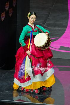 such a pretty hanbok