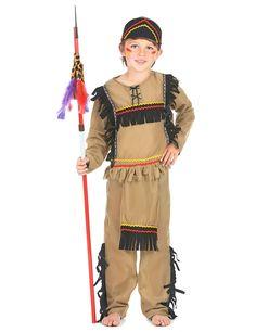 Déguisement indien garçon : Ce déguisement d'indien pour garçon comprend un haut, un pantalon et un bandeau (le reste n'est pas inclus).Le haut est à manches longues et présente une jolie...