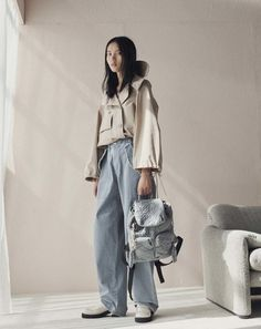 See the complete See by Chloé Resort 2017 collection.