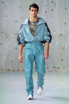 Fashion Show, Mens Fashion, Fashion Outfits, Fashion Trends, Paris Fashion, High Fashion, Pvc Trousers, Fashion Beauty, Fashion Looks