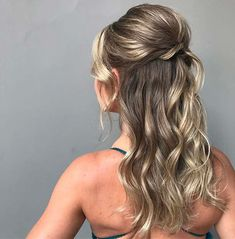 Chic Half Up Half Down Style for Prom