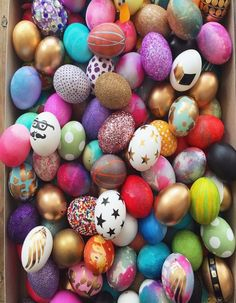 Easter egg decorating ideas and instructions