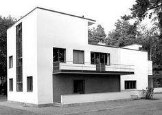 Wassily Kandinsky – Bauhaus – The Bauhaus – Ansicht Wassily Kandinsky, Bauhaus Interior, Bauhaus Design, Bauhaus Style, Architecture Details, Interior Architecture, Walter Gropius, Art Deco Home, Le Corbusier