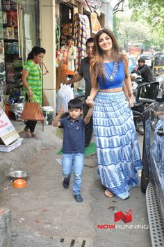 Shilpa Shetty snapped, wearing crop top and long skirt, with her son shopping at a Pet shop Indian Skirt, Indian Dresses, Indian Outfits, Stylish Dresses, Nice Dresses, Casual Dresses, Casual Outfits, Girls Dresses, Skirt And Top Dress