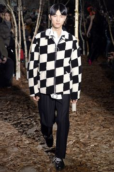 Off-White - Fall 2017 Menswear