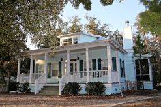 Florida style old florida and blue shutters on pinterest for Florida cracker house plans wrap around porch