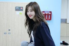 Yuehua Entertainment, Starship Entertainment, South Korean Girls, Korean Girl Groups, Bubblegum Pop, Au Ideas, Cheng Xiao, Cosmic Girls, Korean Singer