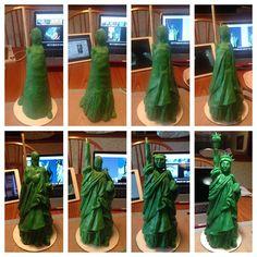 melodiacakesandtreats.files.wordpress.com 2015 07 step-by-step-modeling-chocolate-statue-of-liberty.jpg