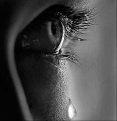 New Eye Photography Crying Portraits Ideas Beautiful Eyes, Beautiful Pictures, Images D'art, Crying Eyes, Tears In Heaven, Sad Eyes, Eye Photography, Foto Art, Eye Art