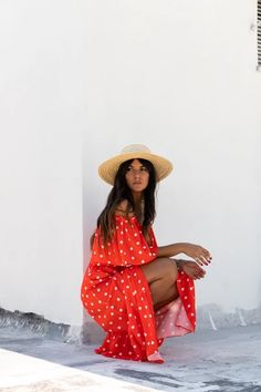 Clothing for the wanderers / Handmade in Greece. The Karavan Clothing collections are now online. Pick your favorite designs and make your everyday wanderings a fascinating tale. Spring Summer Fashion, Wander, Greece, Clothing, Handmade, Collection, Dresses, Stuff Stuff, Greece Country