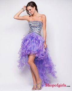 I imagine any girl walking with this dress in her sweet 16 party !