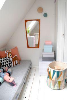 Mor til MERNEE: Neels fine værelse...