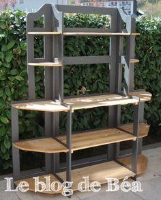 DIY: Shelf made of pallets wood