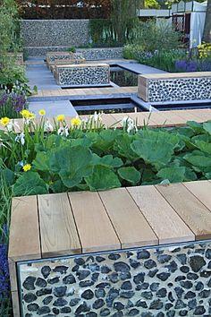 Journal - Arne Maynard Garden Design- probably the best garden designer I have ever seen or heard of Small Gardens, Outdoor Gardens, Formal Gardens, Terrasse Design, Bottle Garden, Modern Garden Design, Interior Garden, Construction, Garden Inspiration
