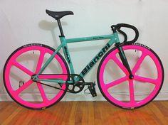 Those hot wheels on my matte black fix... perfect!!!