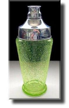 Art Deco Vaseline Uranium Crackle Glass Cocktail Shaker, Czech, ca Glass Cocktail Shaker, Vaseline Glass, Art Deco Glass, Crackle Glass, Vintage Bar, Art Deco Era, Vintage Glassware, Art Deco Fashion, Cocktails