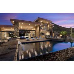 Who wants to swimming in the pool that had waterfall like this? #architecture #arsitektur #kolamrenang #desainkolamrenang #pool #pooldesign #house #rumah #desainrumah #housedesign #luxurydesign #luxuryhouse #modernhouse
