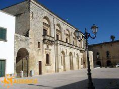 Muro Leccese (Le), palazzo dei Protonobilissimo oggi sede del museo di Borgo Terra che raccoglie testimonianze relative a tutte le fasi storiche del Salento e in particolar modo di Muro Leccese.