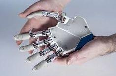 La bionica si tratta di una scienza interdisciplinare che applica teorie e tecniche biologiche, fisiche e matematiche, partendo dal dogma che una macchina artificiale possa svolgere compiti in maniera similare ad un sistema biologico