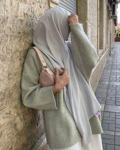 Hijab Fashion, Muslim Fashion, Korean Fashion, Fashion Outfits, Muslim Girls, Muslim Women, Anime Muslim, Islamic Girl, Hijab Outfit