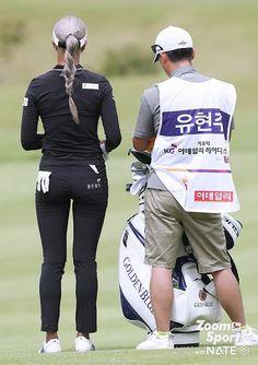 Great Women, Fit Women, Sexy Golf, Golf Wear, Ladies Golf, Girls Jeans, Sport Girl, Traditional Dresses, Sports Women
