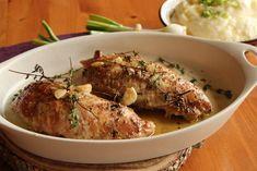 Pečená krůtí prsa na tymiánu a česneku Turkey Recipes, Poultry, Food And Drink, Meat, Chicken, Foods, Fitness, Food Food, Backyard Chickens