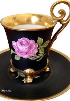 Lovely old Teacup & Saucer set