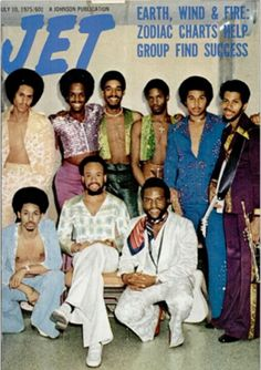 Earth, Wind and Fire, Jet Yes! When Real music was made by instruments. Not back up computers making the noise thereof. Jet Magazine, Black Magazine, Music Icon, Soul Music, Indie Music, Ebony Magazine Cover, Magazine Covers, Divas, Earth Wind & Fire