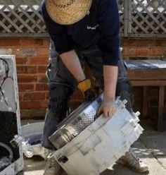 Ecco che cosa possiamo realizzare riciclando una vecchia lavatrice ;)